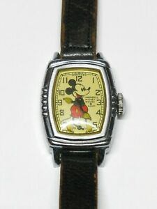 Vintage Running Ingersoll Mickey Mouse Watch