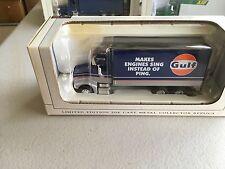 1/64 SpecCast Peterbilt 385 Gulf Oil Van Truck
