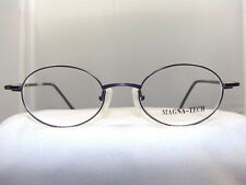 MQ518 BLACK OVAL EYEGLASS FRAME WITH MAGNETIC SUNGLASS CLIP