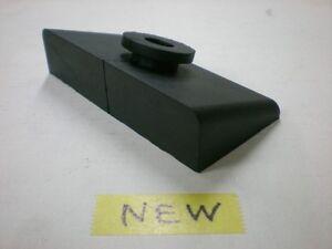 HONDA 17613-MA3-000 CB 1100 R CUSION RUBBER OF FUEL TANK REPRO NEW