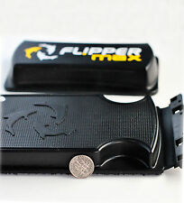 """Flipper MAX 2-in-1 Scraper and Cleaner Up To 1"""" Glass"""