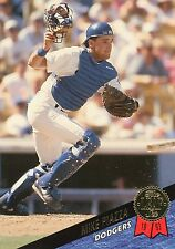 1993 LEAF #35 - MIKE PIAZZA - LOS ANGELES DODGERS - FREE SHIPPING!