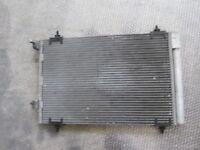 CITROEN C4 1.6 Diesel 5M 66KW (2007) Remplacement Radiateur Condensateur Air-