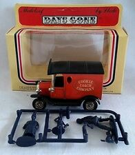 LLEDO DAYS GONE COOKIE COACH COMPANY 1920 FORD MODEL T VAN DIECAST BOXED