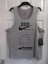 MENS NIKE DRI - FIT BERLIN RUN RUNNING VEST/TOP COLOUR: GREY  SIZE: XXL