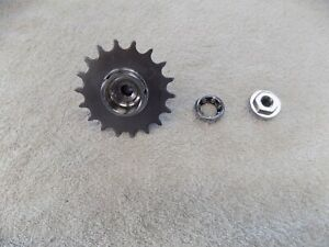 NEW DEPARTURE  MODEL D 18  TOOTH SPROCKET COG BEARING NUT DUST COVER #146