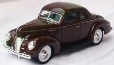 Diecast 1:34 Ford 1940 5-window coupe in brown
