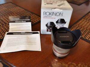 Rokinon 12mm F2.0 Ultra Wide Angle Lens Fuji X Fujifilm Camera Silver excellent!