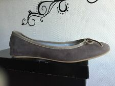 Ballerines Taille 38 Et 39 Sisley Taupe