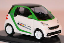 Smart Fortwo Champion des Jahres 2013 Special model Best of Sport 1:87 Busch