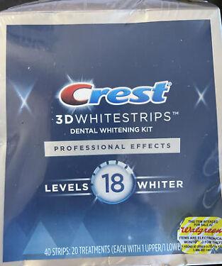Crest 3D White Professional Teeth Whitening Strips kit  20 Treatments