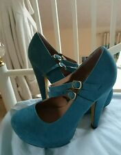 Atmosphere shoes size 5