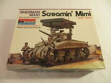 "MONOGRAM 1/32 Scale M4A1 SHERMAN ""SCREAMIN' MIMI"" Model kit"