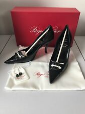 Roger Vivier Brand New in Box Noir Taille 35