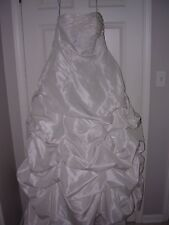 DAVID'S BRIDAL STYLE 9T9102  IVORY WEDDING DRESS SIZE 16W STRAPLESS RUCHED