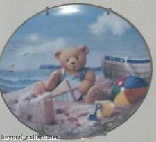 Plates - Friendship Is In The Air - Teddy Bear Plate - Limited Edition #D777A