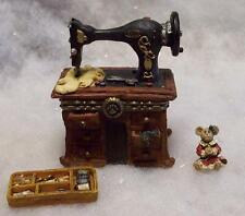 BOYDS TREASURE BOX, GRANNY'S SEWING MACHINE GRANDMOTHER