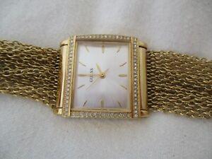 Guess Gold Toned Women's STYLISH Bracelet Wristwatch