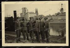 Foto-Kreuzer-Schlachtschiff-marine-Soldaten -hafen-2.wk