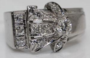 GORGEOUS 14K WHITE GOLD RING WITH 0.50 CTW DIAMONDS #O5