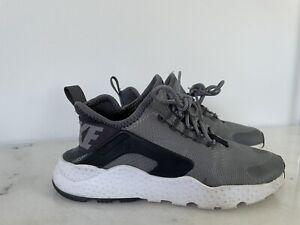 Nike Huarache Size 6 RRP $189