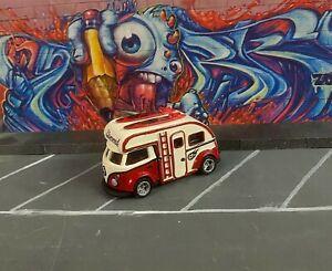 VW T1 SLAMMED CAMPER hot wheels custom by GENESI GARAGE 1/64 (kool kombi) rosso
