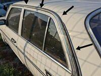 Mercedes Benz W123 Limousine /Sedan  Dachleiste/Regenrinne /Cover Molding  New