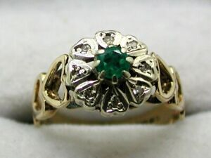 1970's Vintage Lovely 9 carat Gold Emerald And Diamond Cluster Ring Size L.1/2