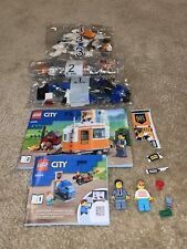 Lego City 60258 Tuning Workshop Dodgy Car Camper & Two Minifigures ONLY New