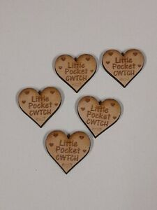 A111CWTCH LITLE POCKET CWTCH PACK OF 15 CHRISTMAS VALANTINES HUGS TOKEN ENGRAVED