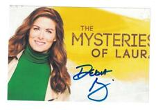 Television Debra Messing Signed Autographed With Tigers Photo Autographs-original