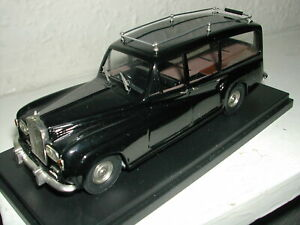 Top Marques Rolls Royce Phantom V Hearse. 1/43 scale. Unboxed.