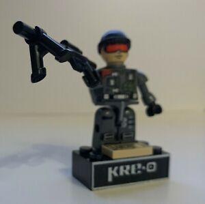 KRE-O G.I. Joe Low-Light 100% Complete (NO ID Card)