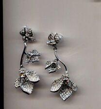 OSCAR  DE LA RENTA CLEAR PAVE FLOWER earrings USA