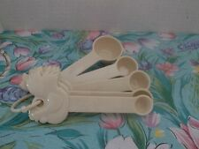 PAULA DEEN 5 PIECE SET~MELAMINE ROOSTER MEASURING SPOONS~ WHITE/IVORY