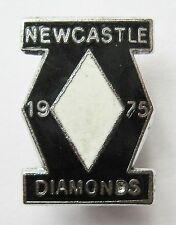 NEWCASTLE DIAMONDS - Superb Vintage 1975 Enamel Speedway Pin Badge