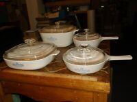 8 pcs. corning ware Blue corn Flower pattern (4 bowls and 4 lids) bundle lot