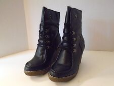 Macy's Material Girl Brussel Pari Black 9  M New Wedge Boot Lined Brown Platform