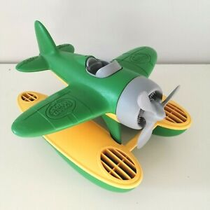Green Toys Seaplane Sea Plane Floatplane Bath Recycled NO BPA Green Made USA