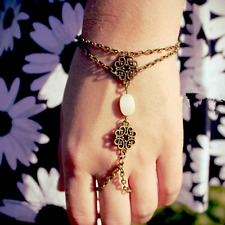 Vintage Women Hollow Shell Finger Rings Slave Chain Hand Harness Bracelet Bangle