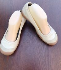 Size 7.5 Tan Beige KEEN Ballet Flats Slip On Shoes Mary Janes Sporty Leather EUC