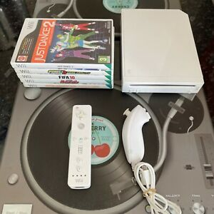 Nintendo Wii Console With 5 Games Official Just Dance Sonic Etc