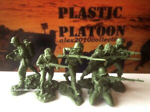 NEW!!! PLASTIC PLATOON, PACIFIC WWII, American MARINES, 6 rubber soldiers1:32
