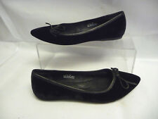 BORN CROWN Womens Flats Size 8.5 40 Black Suede Leather Bow Arch Support