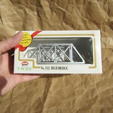 NEW ~ HIGH BRIDGE with FIGURES ~ RETIRED by Model Power ~ Mayhayred N Scale Lot