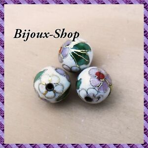 25 Beads Metal, Painted a La Hand 10mm (White)