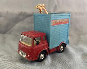 Corgi 503 Chipperfields Circus Bedford T.K. Giraffe Transporter
