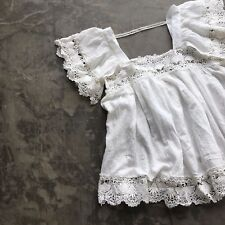 New ANTHROPOLOGIE Womens White Crochet Lace Boho Ethereal Blouse Top Size MEDIUM