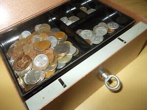 Geldkassette mit Kleingeld Münzen