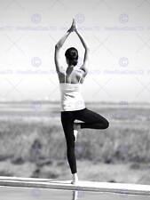 Yoga tranquillità all'aperto Donna SALDO B&W art print poster foto bmp1293b